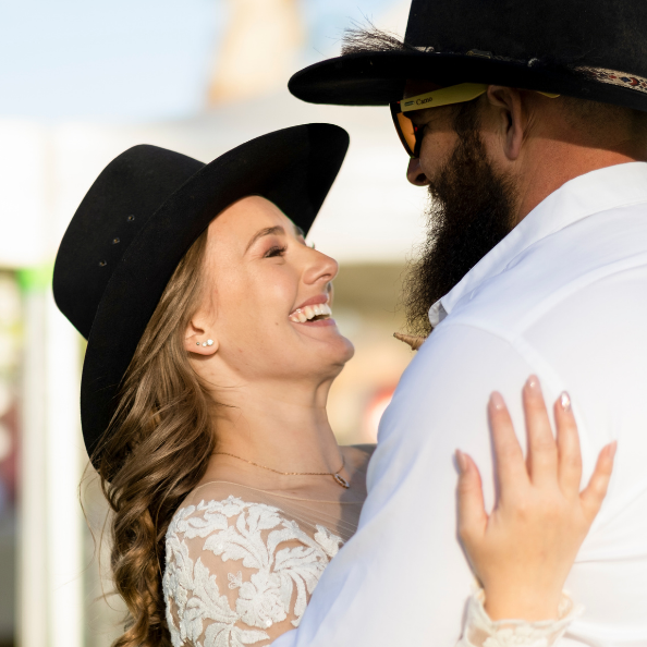 Emot Wedding Photography - Country New South Wales - Jasmin and Cameron 11
