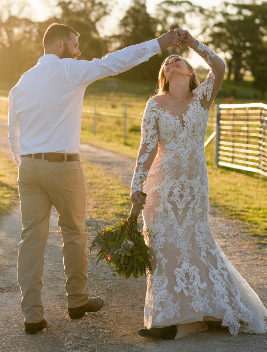 Emot Wedding Photography - Country New South Wales - Jasmin and Cameron 2