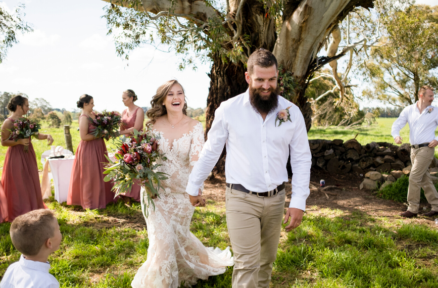 Emot Wedding Photography - Country New South Wales - Jasmin and Cameron 9