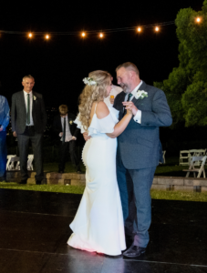Father daughter dance at Sublime Point wedding Wollongong